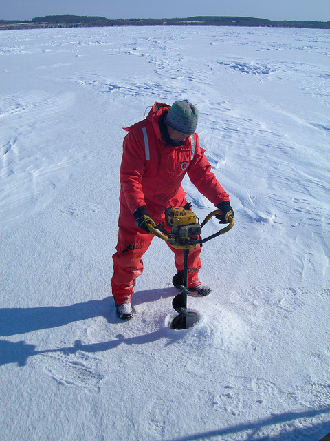 Leshkvich sampling ice